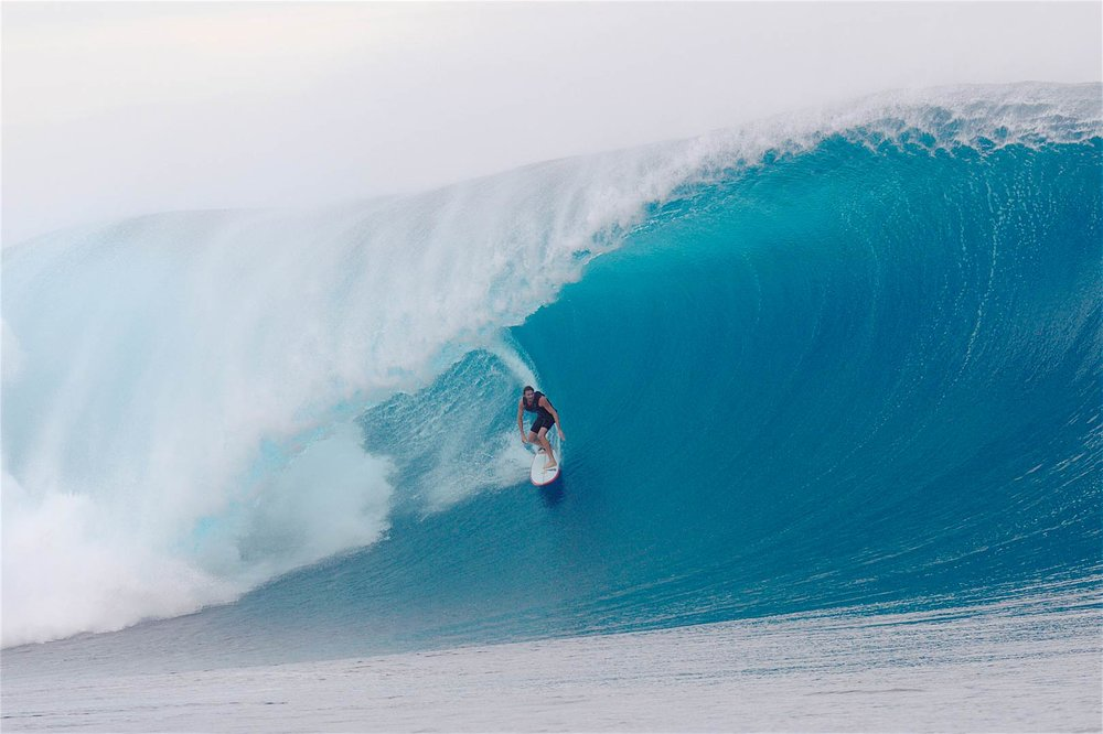 BIG WAVE SURFING: Laurie Towner (Needs Essential).