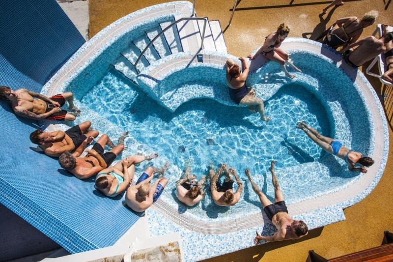 salt water thermal pool