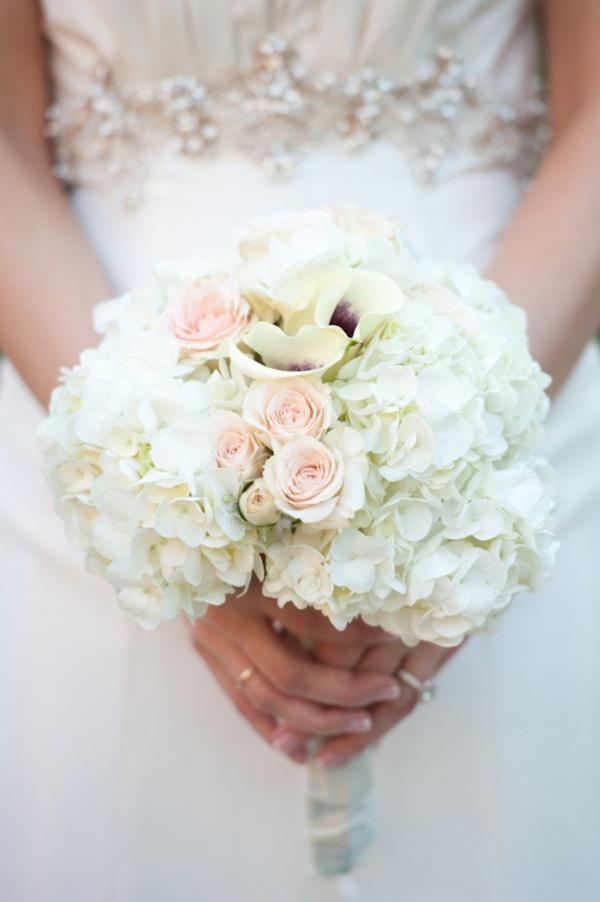 bruidsboeket met hortensia.jpg