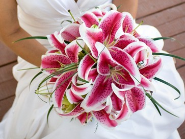 bruidsboeket met lelies.jpg
