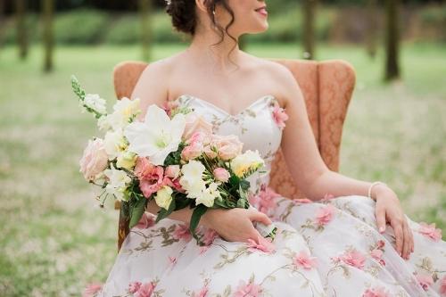 Adembenemende bruiloft in een kersentuin!