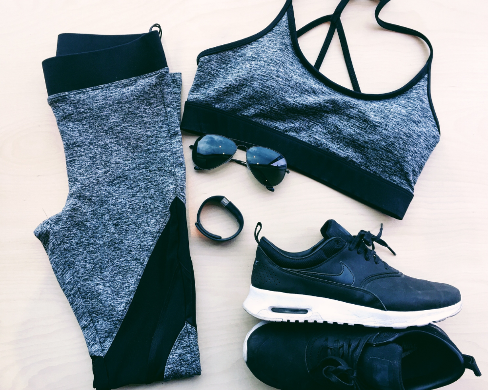 Outfit: Koral Activewear http://www.kiltershop.com FitBit, Nike Air Max Thea, Ray Bans
