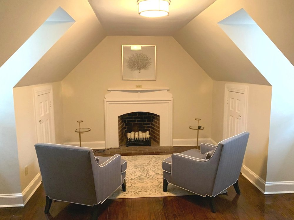 Alexander Suite Living Area