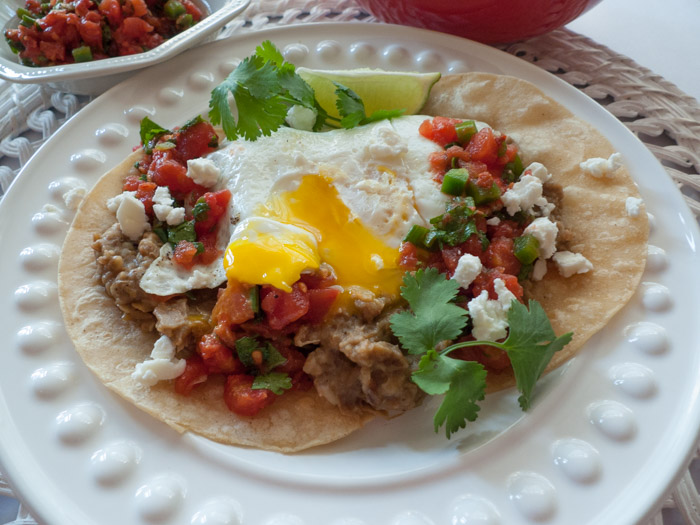 how to make huevos rancheros with beans