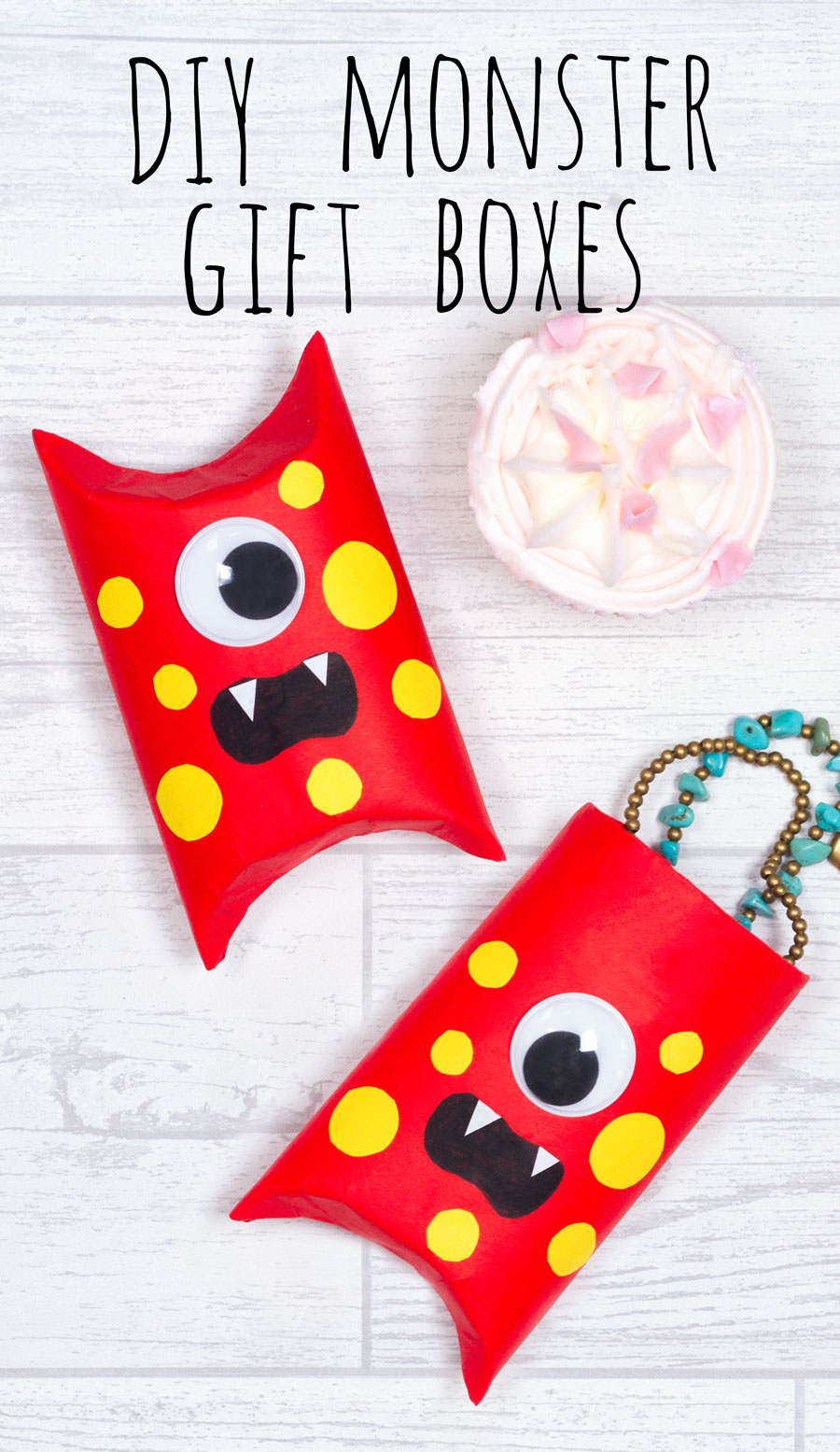 Make these funny monster gift boxes from an old cardboard toilet roll tube! These are great for wrapping small presents for friends and family.