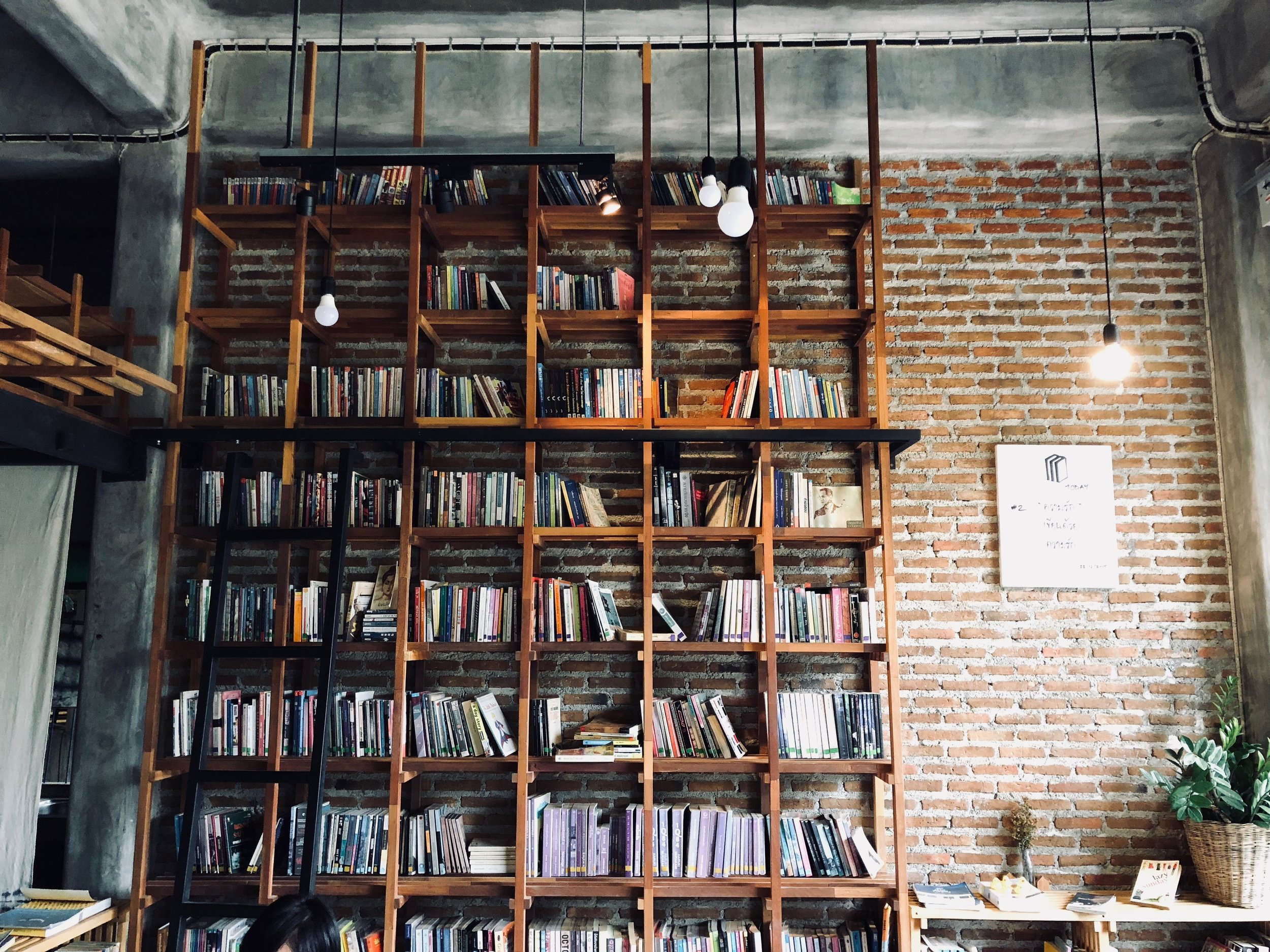 The 10 Best Bookshelves You Can Buy Online