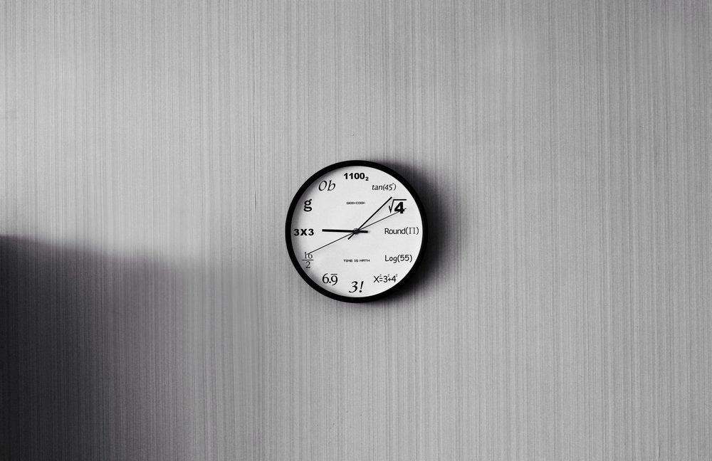 Designer Wall Clocks Online: The 25 Best Modern Wall Clocks