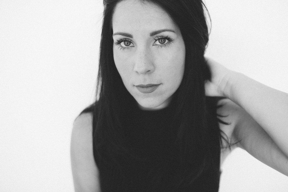 Mikaela Hamilton- Jetty Rae portraits-29.jpg