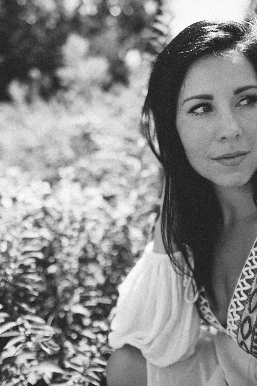 Mikaela Hamilton- Jetty Rae portraits-71.jpg