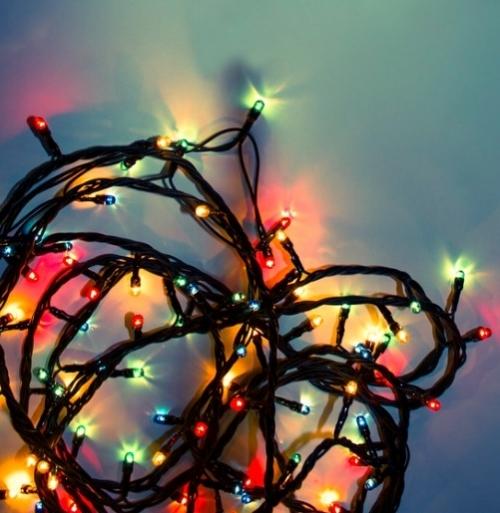 Questo è il giorno giusto per le prove tecniche, perché a Natale le luci non possono mancare! -