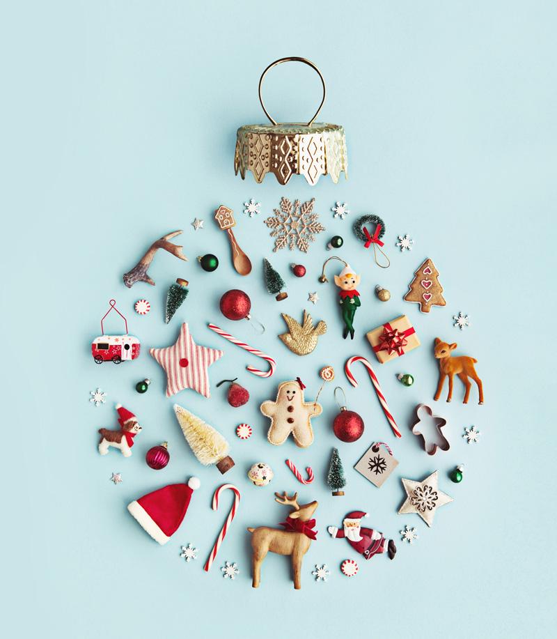 Fare l'albero di Natale porta sempre unagran frenesia, ognipallina è un tesoroprezioso da riscoprireogni anno. -