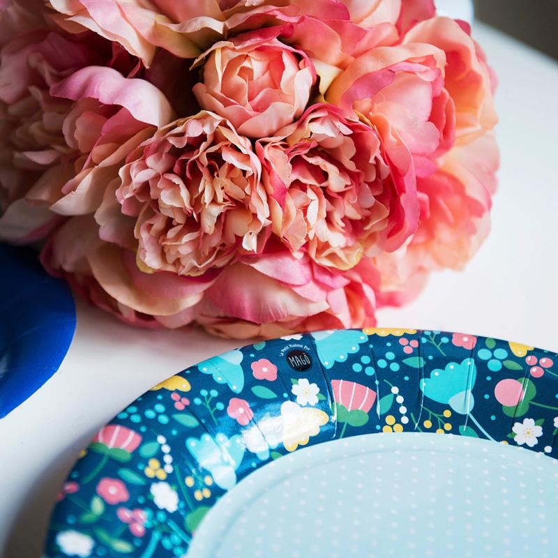 Accostate tutti questi colori e vedrete nascere la nostra Collezione Pretty Flowers, creata in collaborazione con Le Petit Rabbit. -