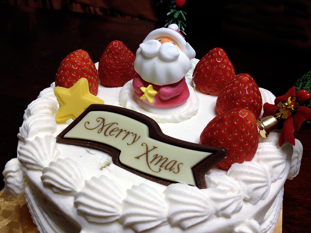 Japanese Christmas Cake. Photo by y_ogagaga.