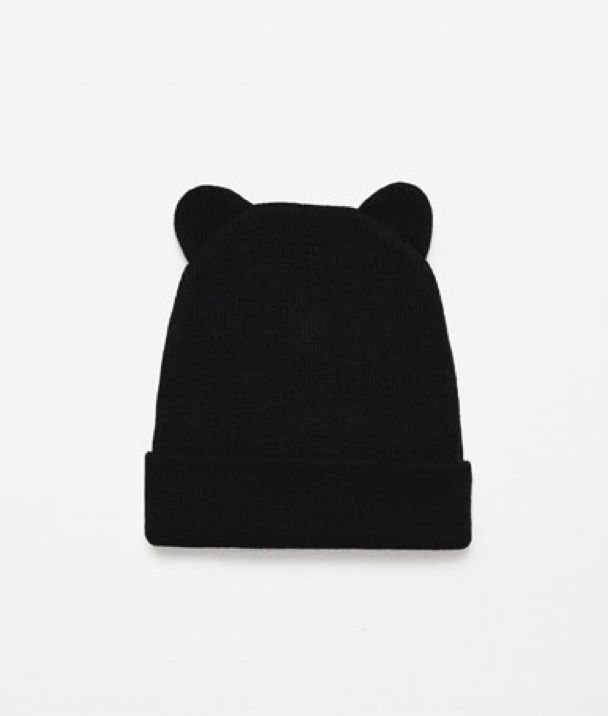 KNIT HAT WITH EARS