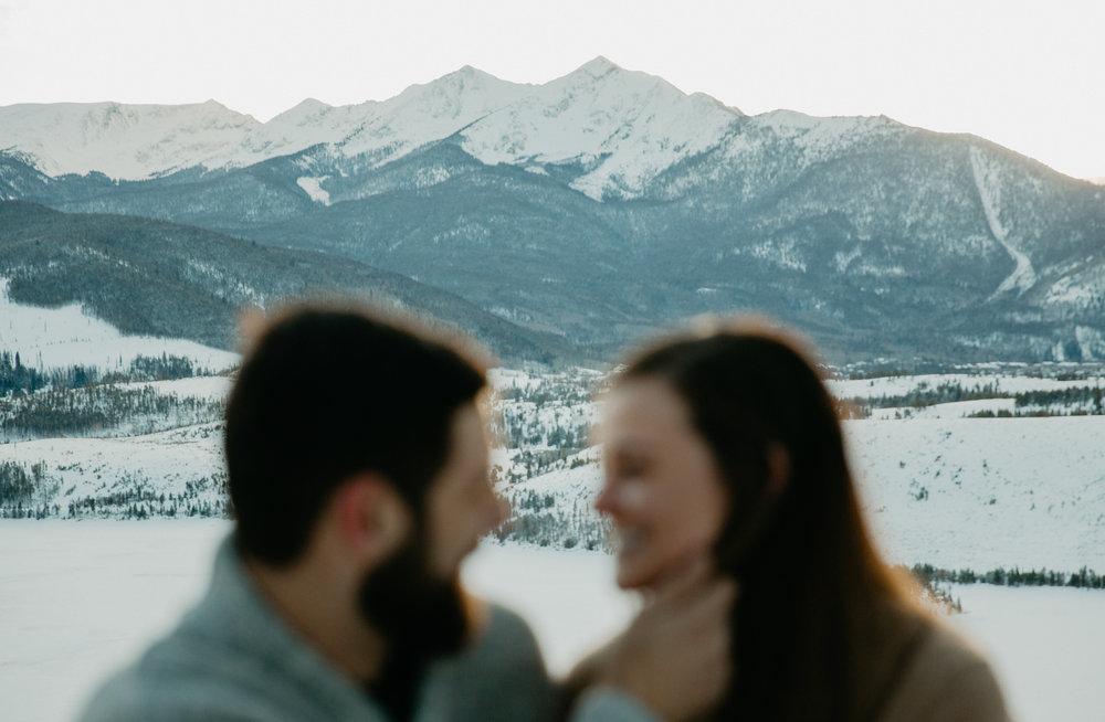 LaurenKyle+EngagementPortraits-061.jpg
