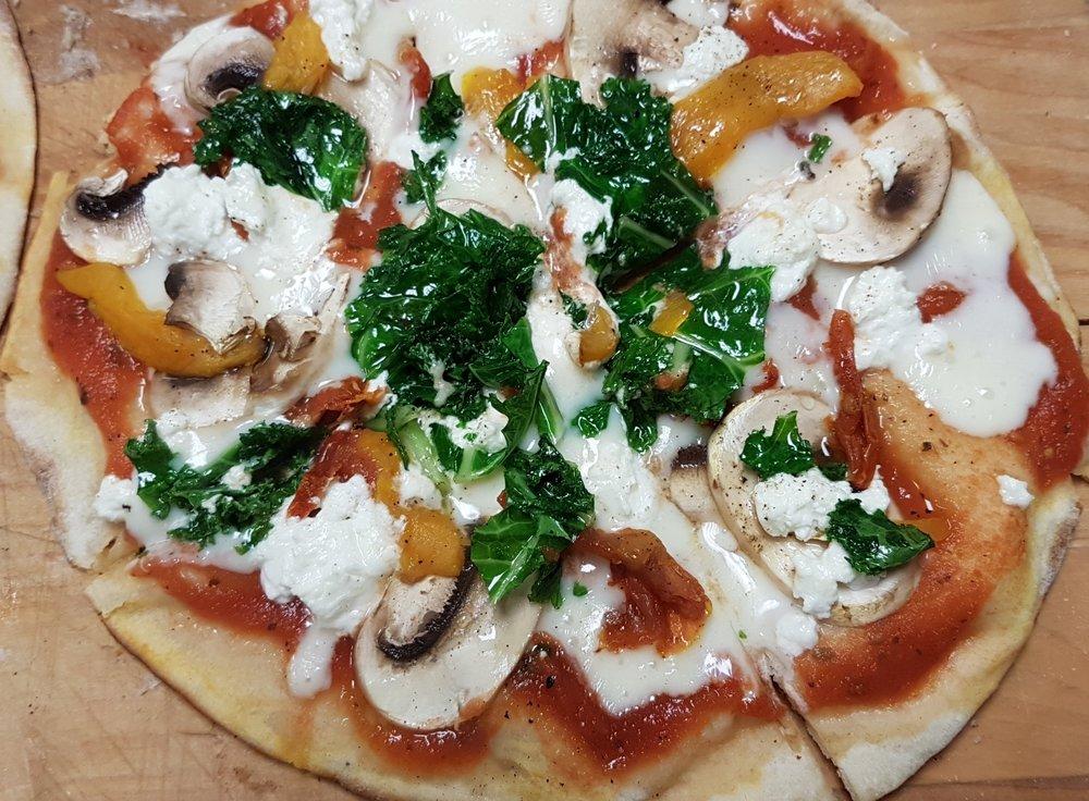 Pizza kale mush goat pep.jpg