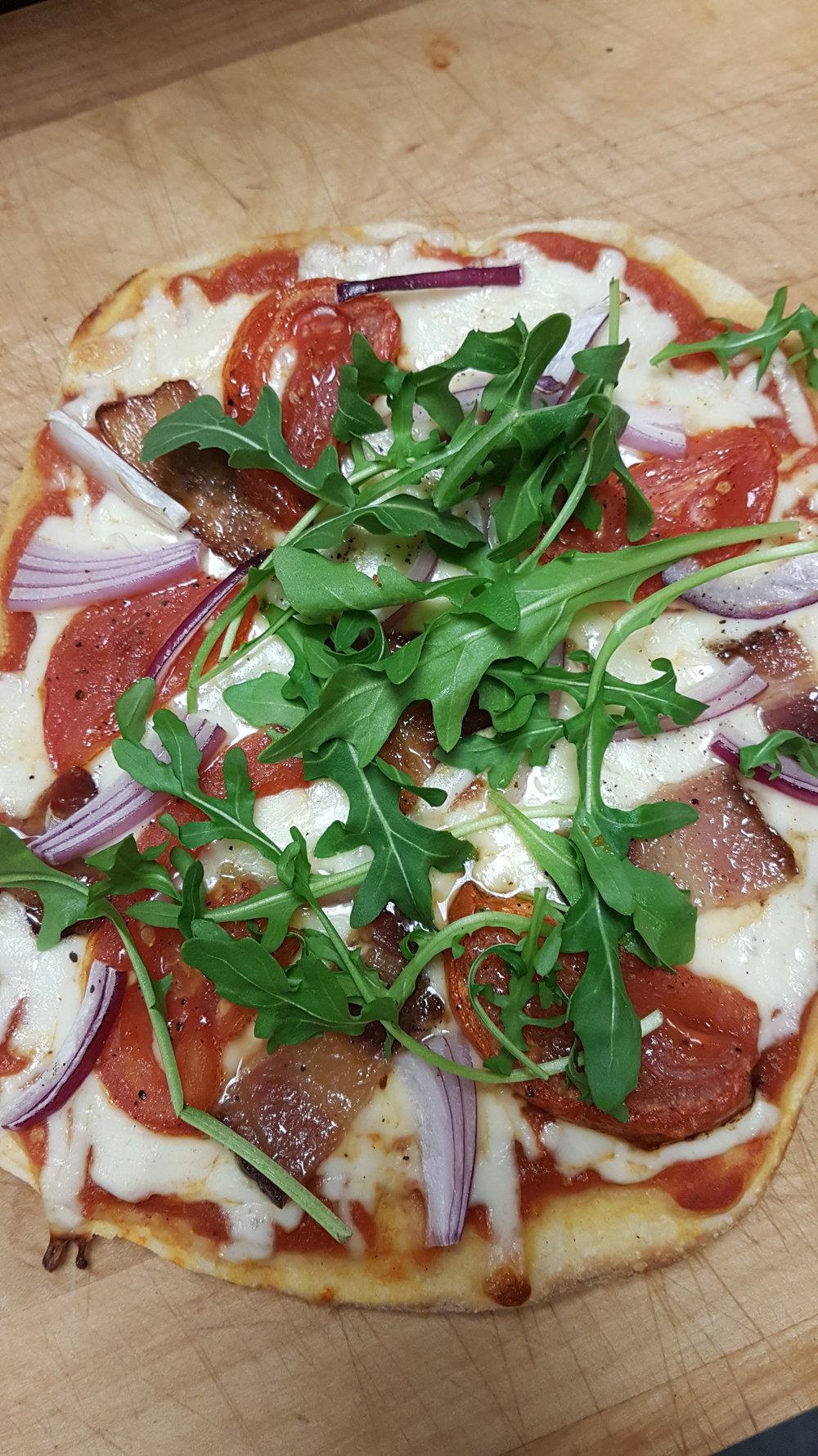 Pizza bacon roast tom arugula.jpg