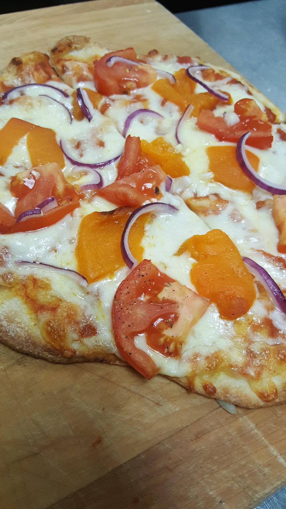 pizza roast pep tom.jpg