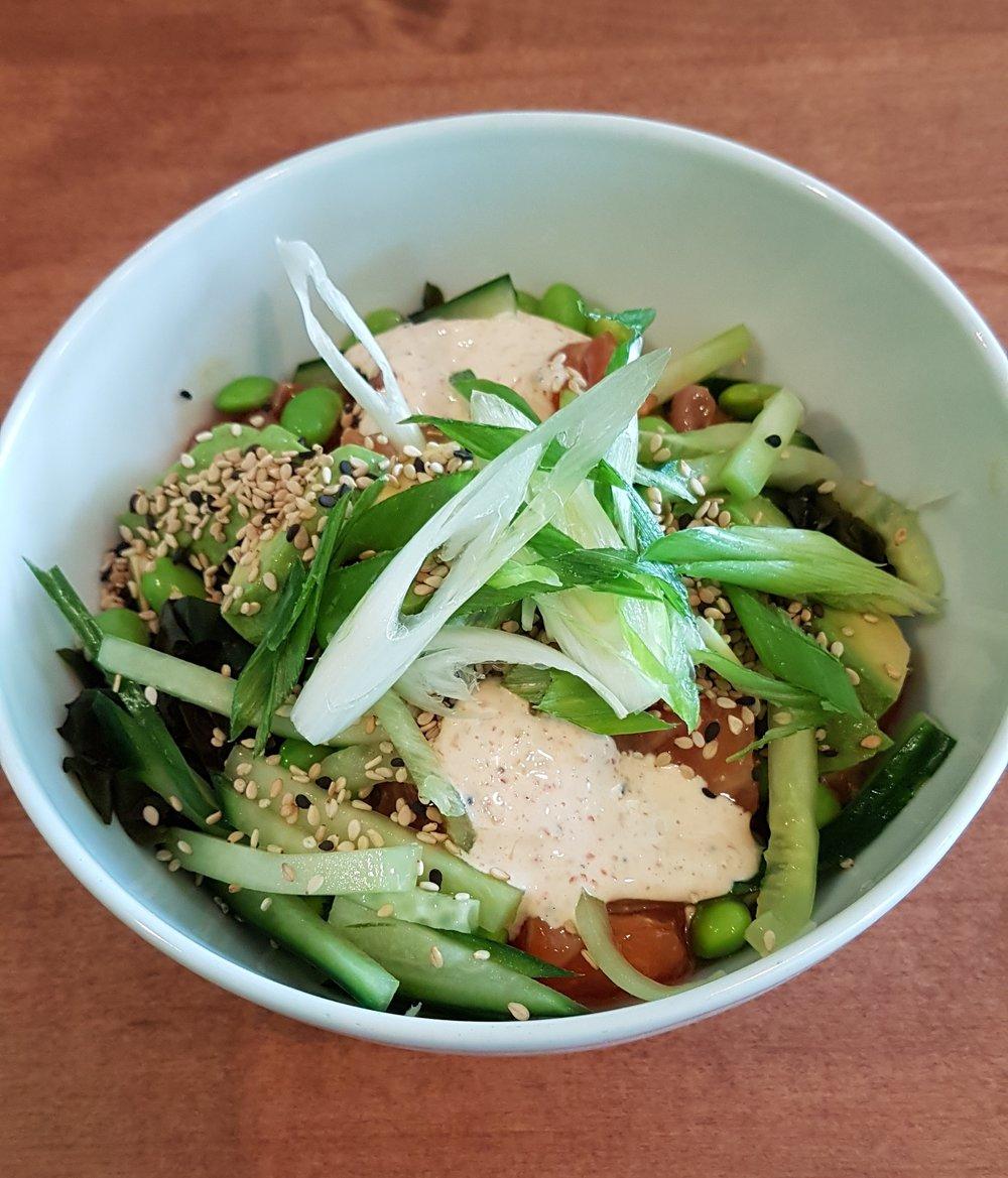 Salmon sashimi bowl.jpg