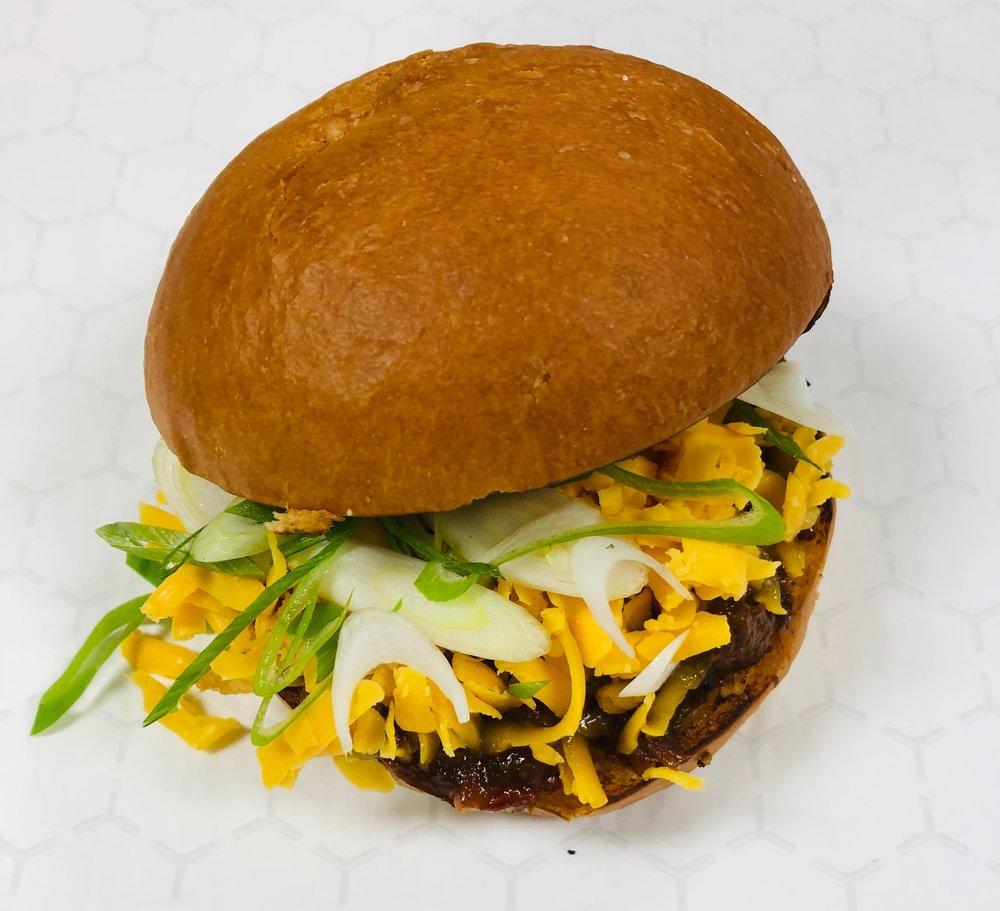 beef pulled sandwich.JPG