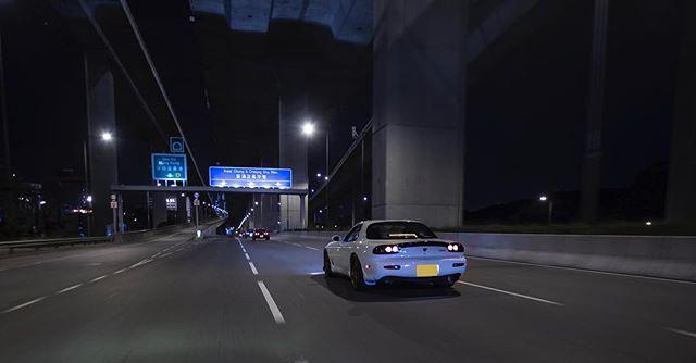 Mid-night driving club. #classicsracer #hongkong #hk #852 #classiccarsdaily #rx7 #rotary #rx7fd3s #mazda #nightdrive