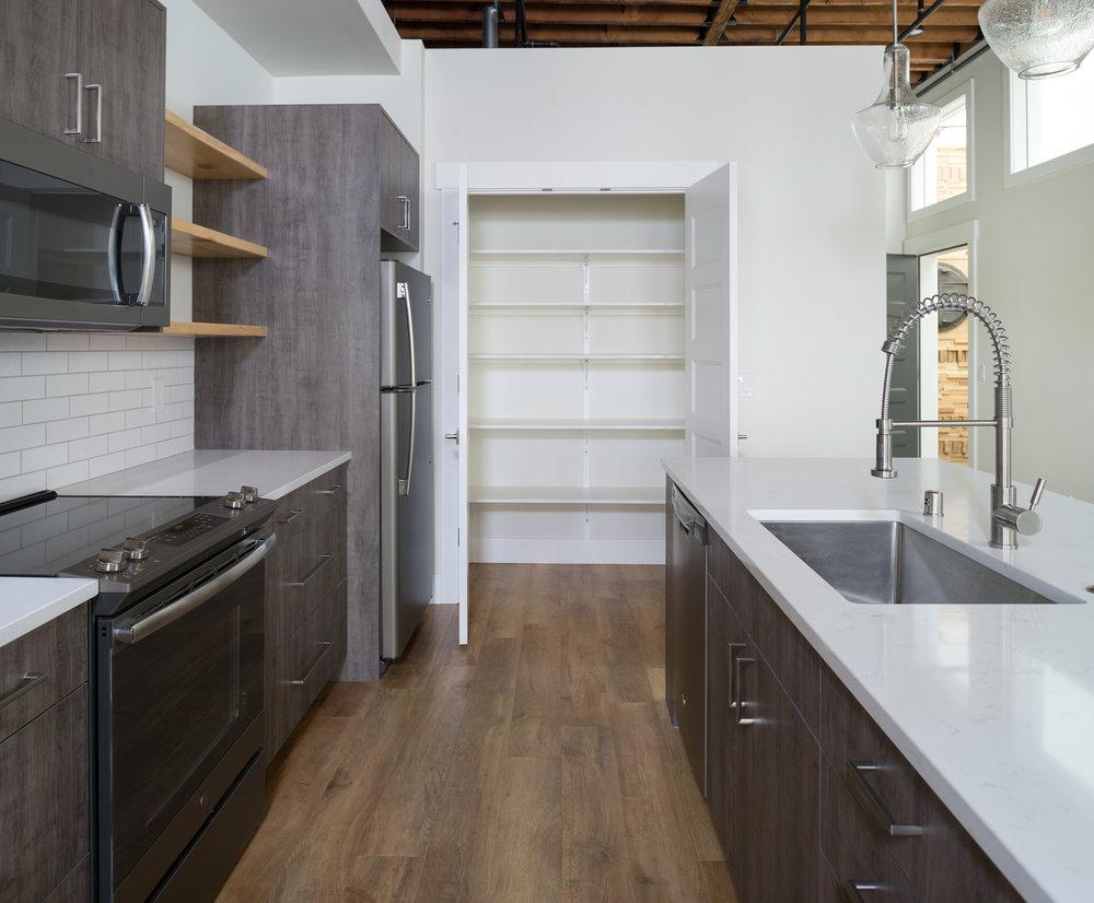 Kitchen7c.jpg