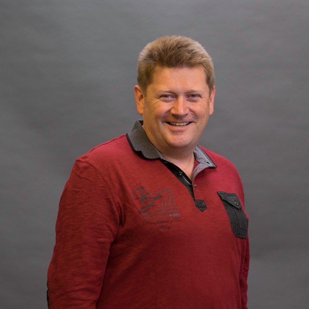 Alexander Häuslschmid - T: +43 6272 5562-34