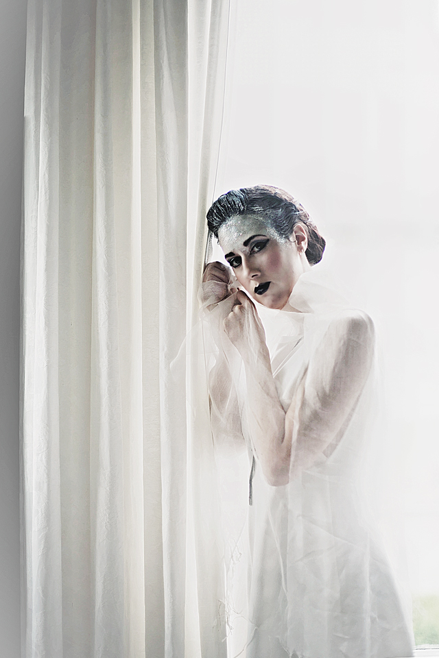 hayley walmsley, model citien photography, kelsey, roockbourne gallery, dunedin, otago
