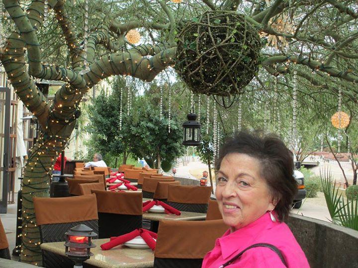 Lorraine Vitagliano.jpg