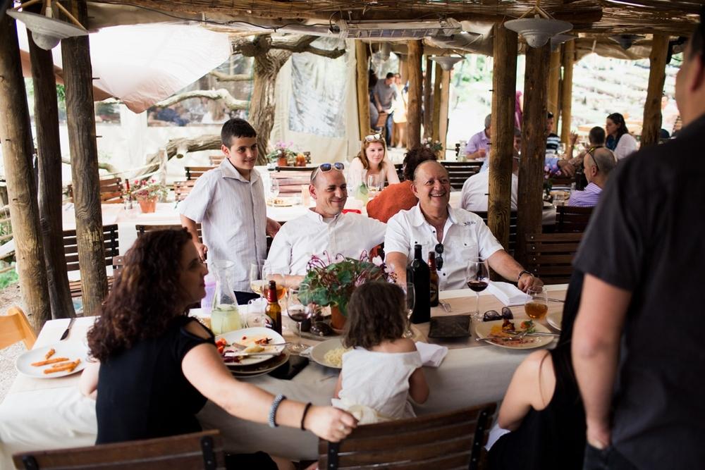 drishti_small_wedding_ramas_kitchen_israel_0077.jpg