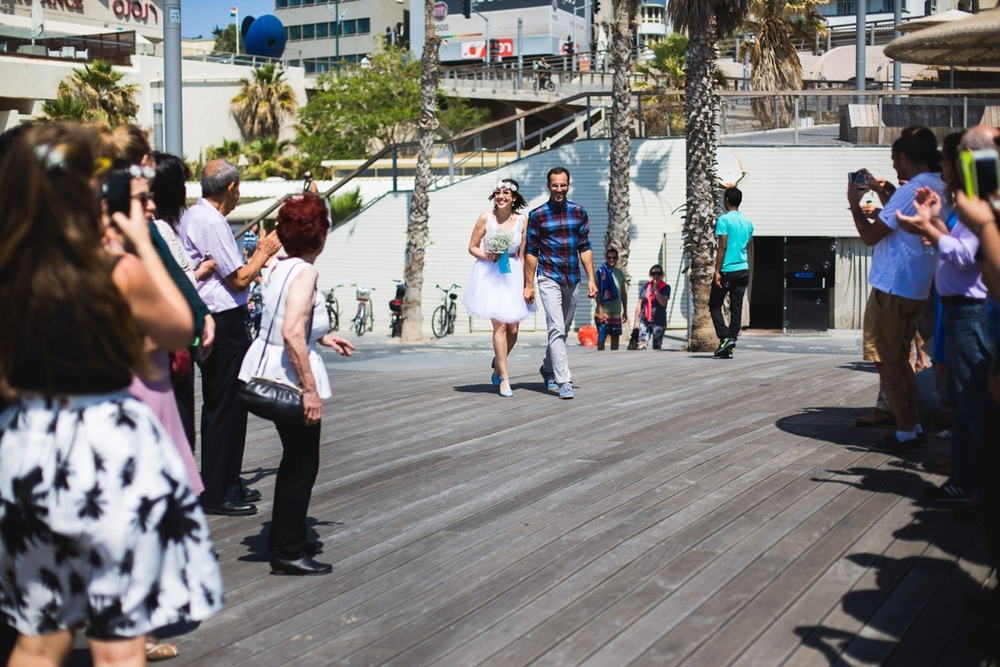 lee_gordo_tel_aviv_beach_wedding_0086.jpg