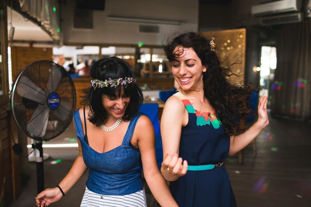lee_gordo_tel_aviv_beach_wedding_0129.jpg