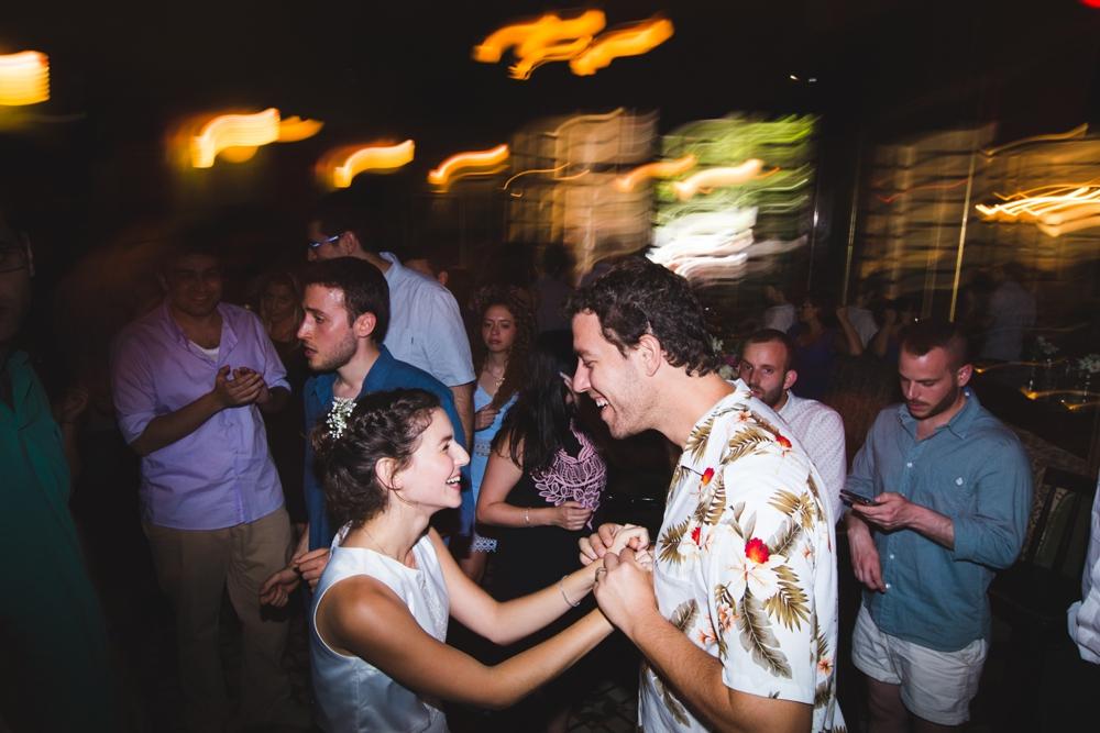 river_running_free_small_wedding_tailor_made_israel_0085.jpg