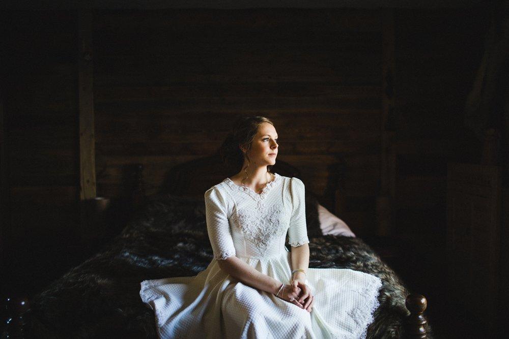 mountain-flare-inspiration-bridal-wedding-snow-morzine_0004.jpg