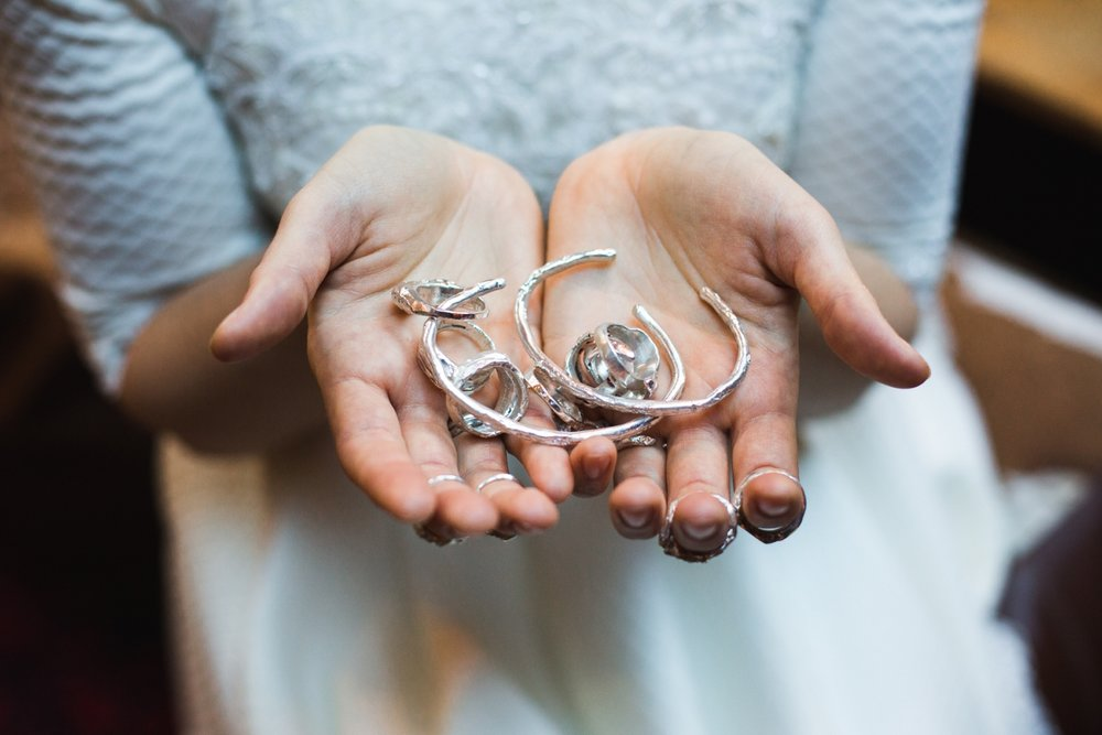 mountain-flare-inspiration-bridal-wedding-snow-morzine_0012.jpg
