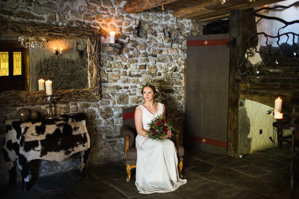 mountain-flare-inspiration-bridal-wedding-snow-morzine_0026.jpg