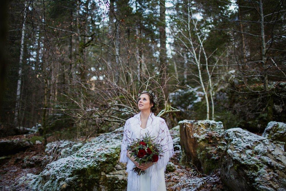 mountain-flare-inspiration-bridal-wedding-snow-morzine_0035.jpg