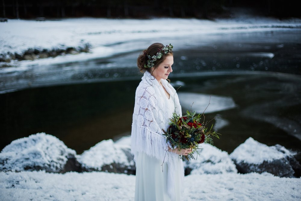 mountain-flare-inspiration-bridal-wedding-snow-morzine_0037.jpg