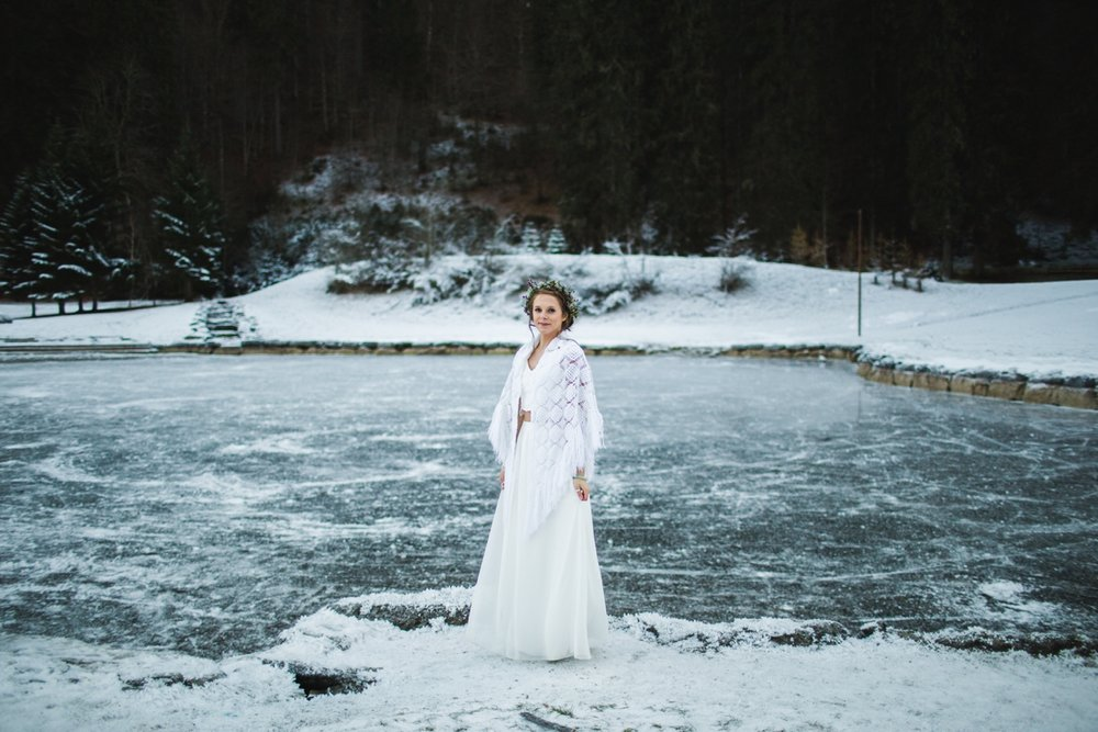 mountain-flare-inspiration-bridal-wedding-snow-morzine_0038.jpg