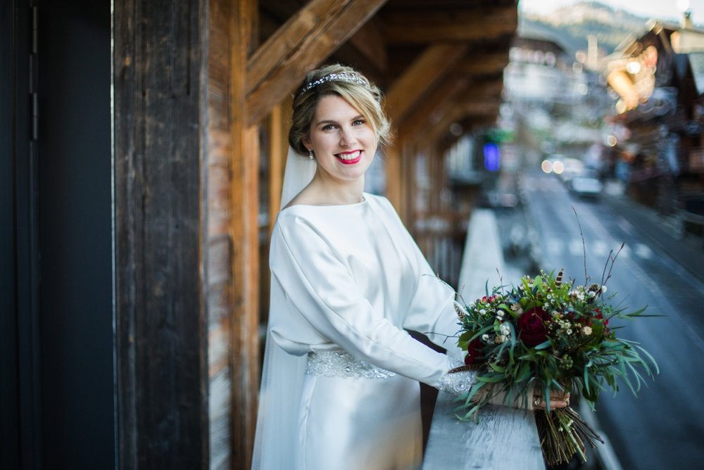 Abi-Tom-montriond-morzine-wedding-french-alps-farmhouse-winter_0027.jpg