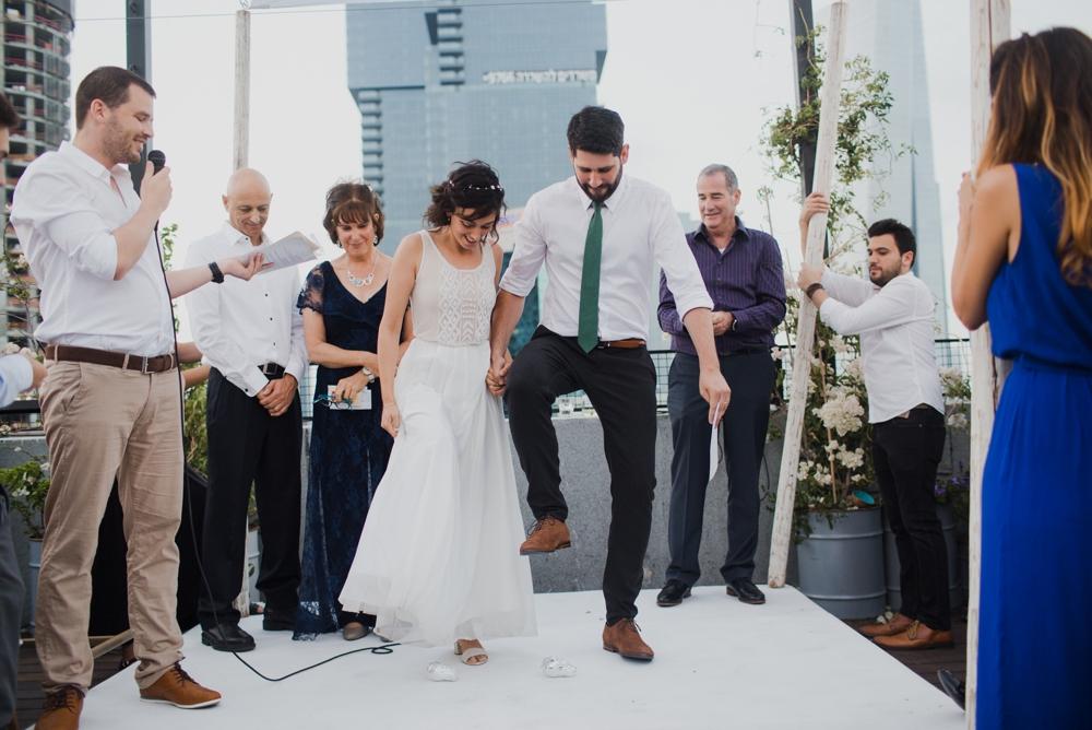 nir-inbar-high-and-tel-aviv-open-roof-wedding_0104.jpg