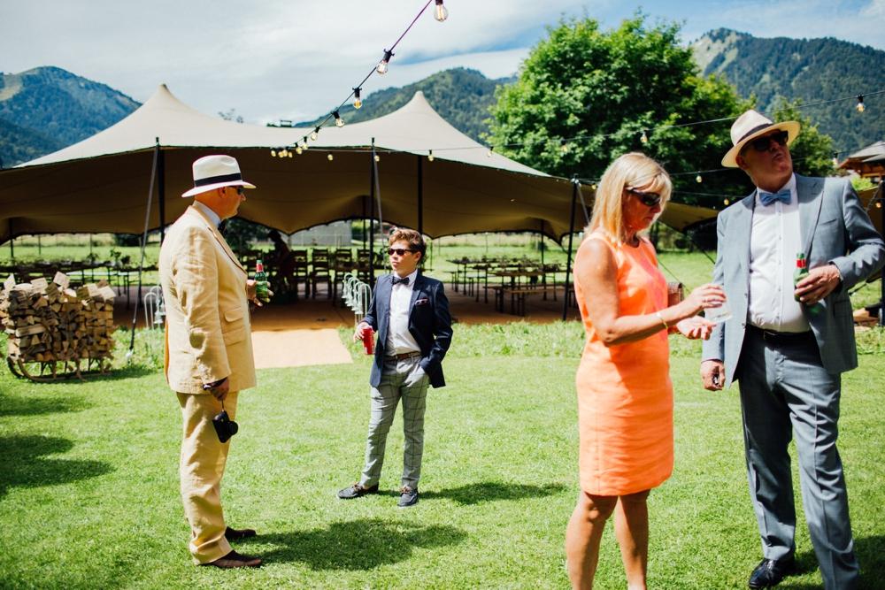 nick-vee-wedding-morzine-ferme-lac-vert-montriond_0025.jpg