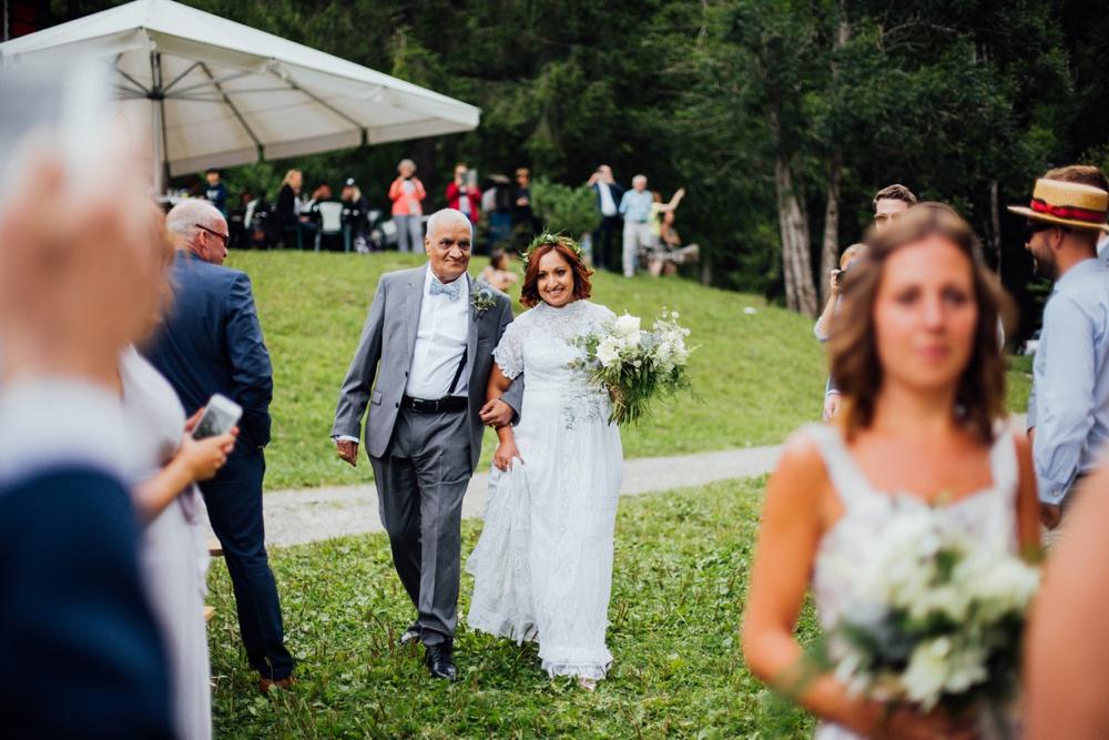 nick-vee-wedding-morzine-ferme-lac-vert-montriond_0066.jpg