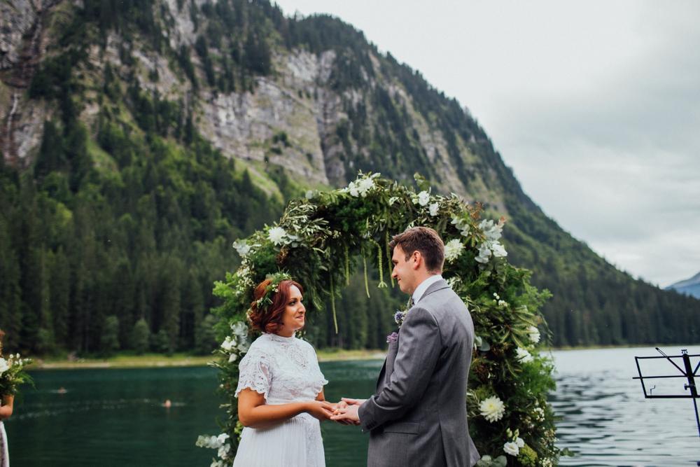 nick-vee-wedding-morzine-ferme-lac-vert-montriond_0079.jpg