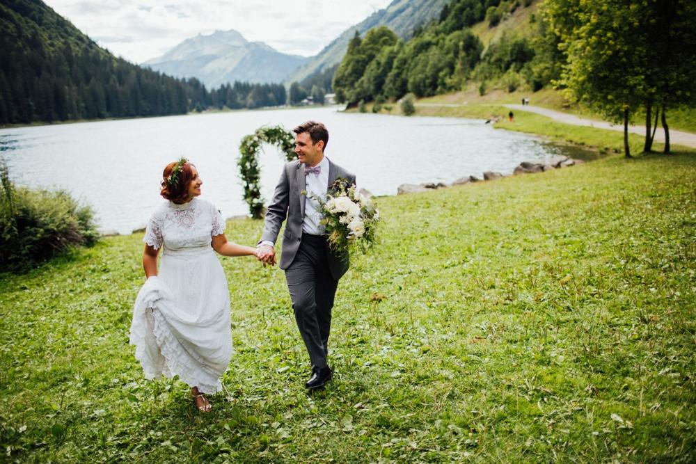 nick-vee-wedding-morzine-ferme-lac-vert-montriond_0101.jpg