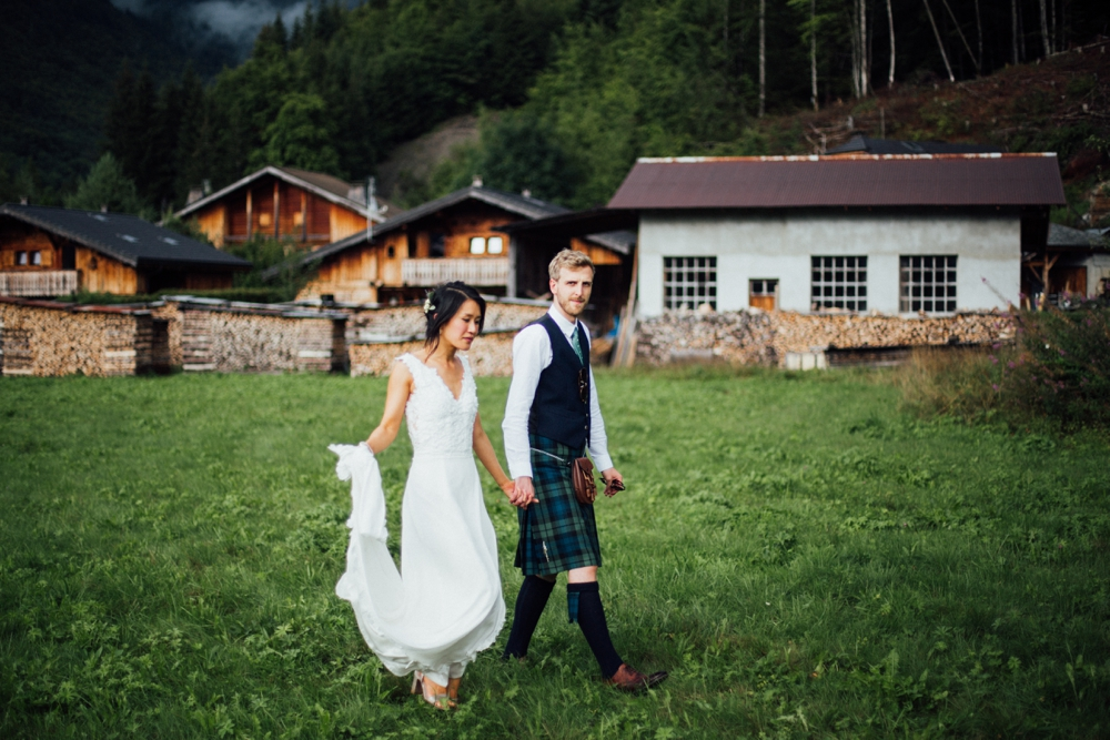 xian-craig-wedding-morzine-ferme-lac-vert-montriond-french-alps_0125.jpg