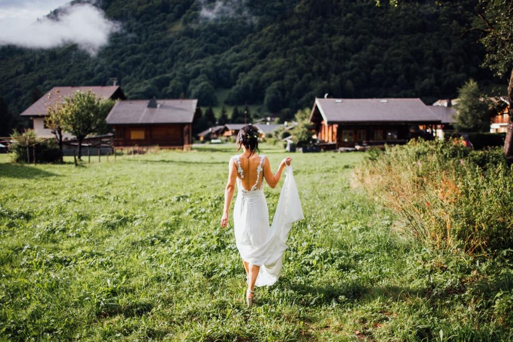 xian-craig-wedding-morzine-ferme-lac-vert-montriond-french-alps_0120.jpg