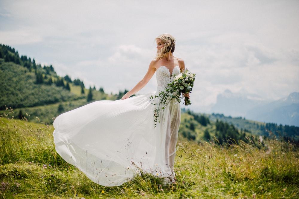 wedding-morzine-farmhouse-french-alps-r-and-c_0026.jpg