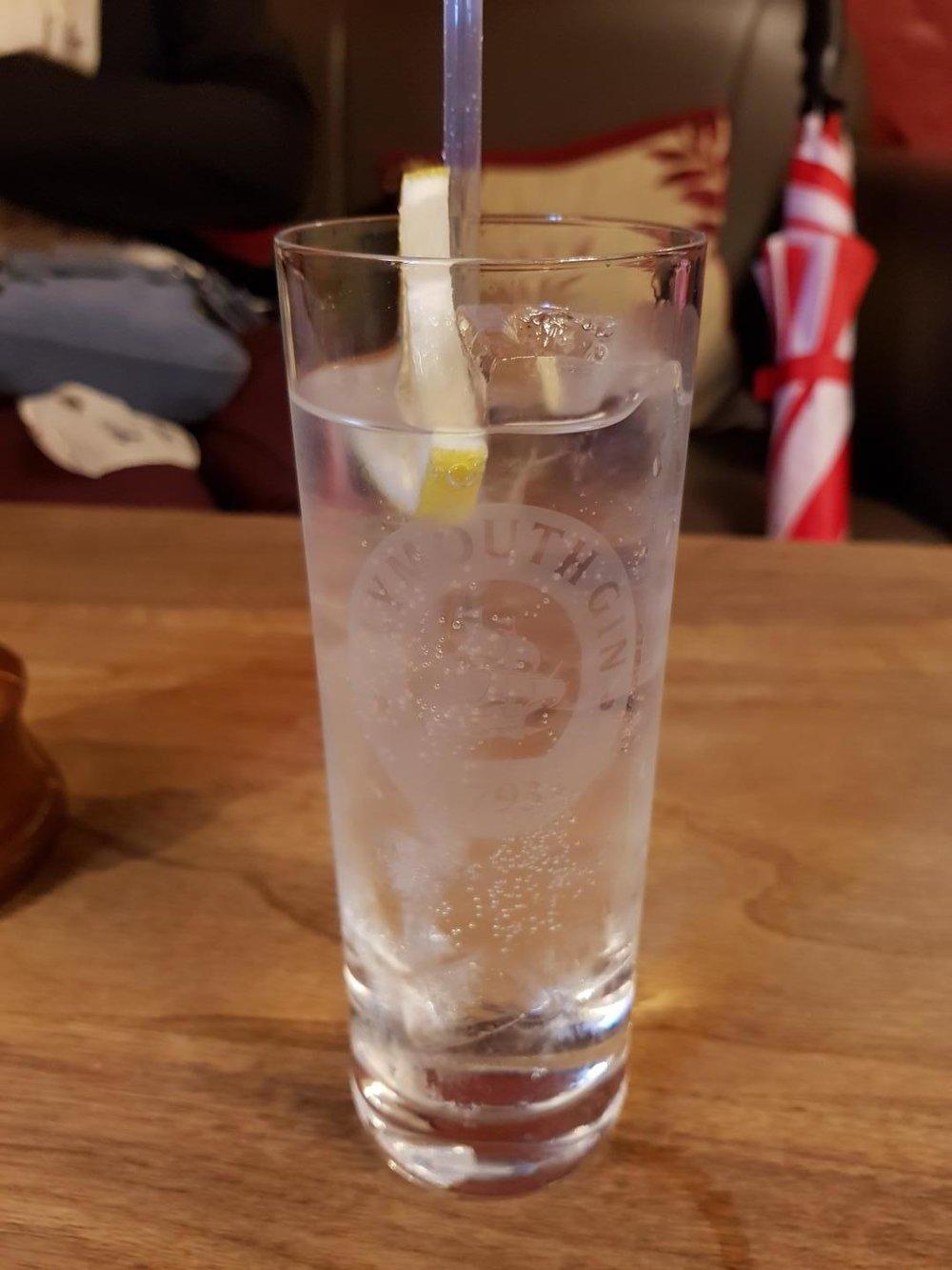 mini_09_gin_tonic.jpg