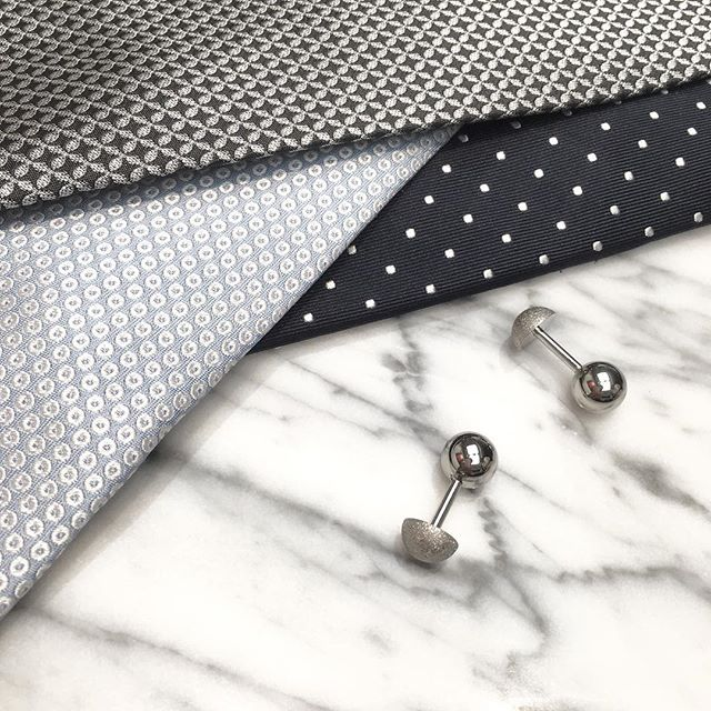 Classy and chic for men in suits 💼 Reversible Matte Crystal cufflinks in silver. www.gatsbymen.com  #cufflinks #bespoke #pitti #savilerow #style #london #tailor #classicmen #highfashionmen #gatsby #inspiration #outfitoftheday #WTWT #menstyleguide #vogue #gqguys #sprezza #gentleman #natural #mensfashion #raw #menswear #mensweardaily #fresh #menwithstyle #dapper #permanentstyle #weddings #classic